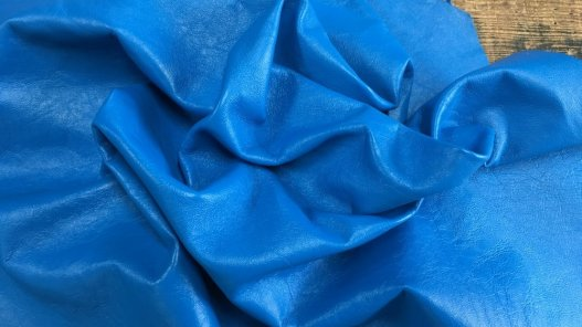peau de cuir agneau nappa bleu cyan vêtement maroquinerie cuirenstock