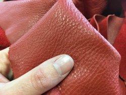 morceaux de cuir de vache brique maroquinerie ameublement Cuirenstock