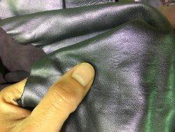 morceaux de cuir peau agneau métallisé violet accessoire vêtement Cuirenstock