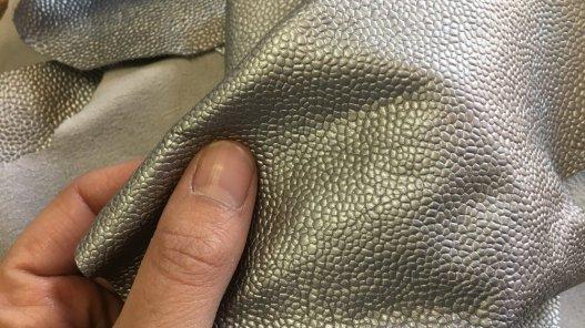 peau de cuir de veau argenté maroquinerie ameublement Cuirenstock