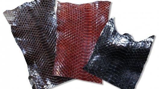 lot morceaux cuir de serpent noir brun cuirenstock