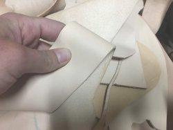 morceaux de cuir de vache naturel végétal accessoire Cuir en Stock