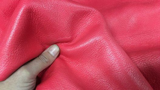 peau de cuir de cerf rose fushia maroquinerie vêtement Cuirenstock