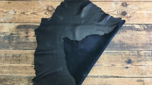 peau de cuir d'agneau nappa noir plongé vêtement accessoire cuirenstock