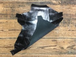 peau de cuir de chevreau noir brillant maroquinerie reliure accessoire cuirenstock