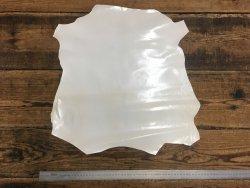 peau de cuir de chèvre blanc glacé brillant maroquinerie accessoire reliure cuir en stock