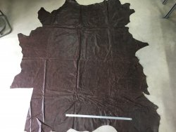 peau de cuir de vache entière brun antique maroquinerie ameublement cuirenstock