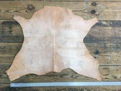 peau de cuir de buffle tannage végétal finition naturelle maroquinerie repoussage cuir en stock
