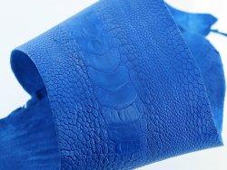 peau de patte d'autruche bleu outremer maroquinerie accessoire luxe exotique cuir en stock