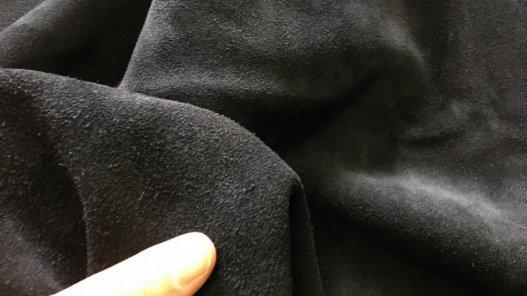 peau de veau velours noir épais maroquinerie ameublement cuir en stock
