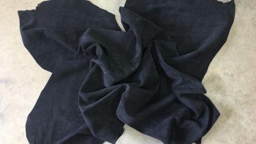 grande peau de veau velours noir épais maroquinerie ameublement Cuirenstock