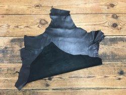 peau de cuir de mouton noir satiné maroquinerie cuir en stock