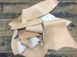 chute de cuir de vache végétal naturel cuir en stock