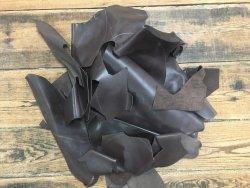 chutes de cuir de vache brun antique maroquinerie accessoire cuir en stock