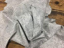 peau de cuir de buffle gros grain noir et blanc cuir en stock