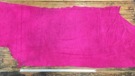 Croûte de cuir velours rose fushia cuir en stock