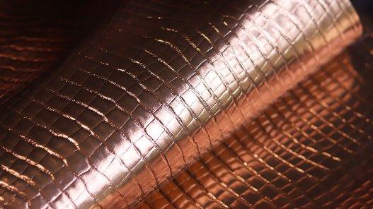 morceau de cuir pour création rose gold métallisé croco Cuirenstock