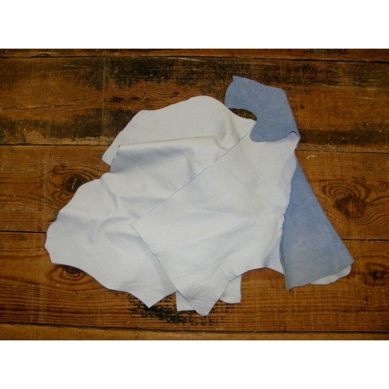 chutes de cuir de vache blanc maroquinerie ameublement cuir en stock