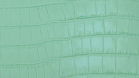 morceau de cuir prêt a l'emploi façon crocodile vert amande cuir en stock
