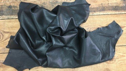 peau de cuir de mouton ciré noir Cuir en Stock