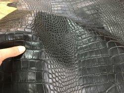 peau de cuir de mouton grain caïman noir Cuir en Stock