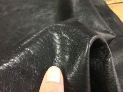 peau d'agneau fripé noir naturel Cuir en Stock