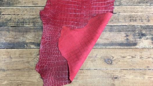 Peau de cuir de mouton façon crocodile rouge et blanc Cuir en Stock