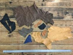 Chutes morceaux de cuir d autruche véritable divers couleurs luxe Cuir en stock