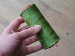 Fil poissé polyester résistant qualité pro vert clair Cuir en Stock