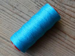 Bobine fil polyester ciré bleu couture main cuir Cuirenstock