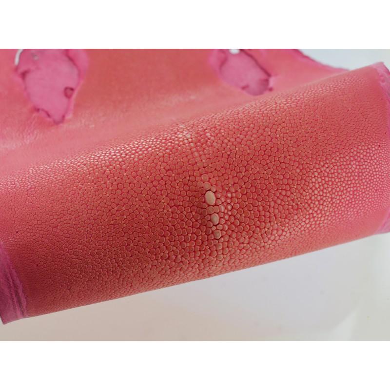 Peau de cuir de poisson véritable galuchat exotique gros grain poli rose Cuir en Stock