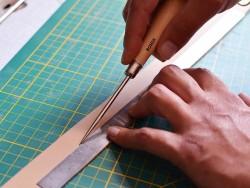 Outils travail du cuir et maroquinerie - Alène en acier ronde - Cuir en Stock