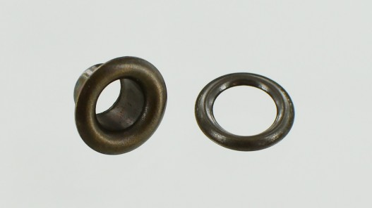 Œillets en laiton finition bronze taille O3 - Cuir en Stock