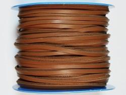 Lacet de cuir carré camel fauve 3.5 mm vendu au mètre bobine - Cuir en Stock