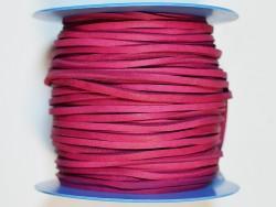 Lacet de cuir de vache carré rose fushia vendu au mètre - Cuir en Stock