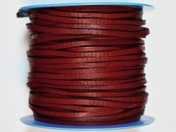 Lacet de cuir carré rouge vendu au mètre - Cuir en Stock