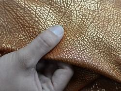 Chutes au kilo vente au poids cuir métallisé cuivré - Cuir en Stock