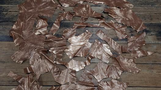 Morceaux de cuir de veau métallisé doré - Cuir en Stock
