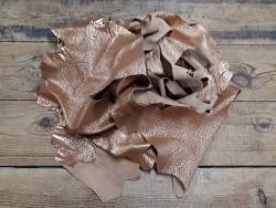 Chutes de cuir de veau de luxe couleur Fauve cuivré - Cuir en Stock