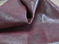 Peau de cuir de buffle bordeaux - Cuir en Stock