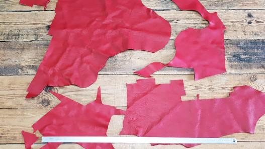 Morceau de cuir de vache rouge maroquinerie Cuirenstock
