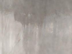 Morceau de cuir de veau vernis gris
