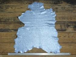 Peau cuir chèvre métallisé craquelé bleu ciel maroquinerie cuir en stock