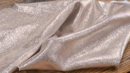 Peau de cuir de chèvre métallisé craquelé rosé doré maroquinerie luxe Cuirenstock
