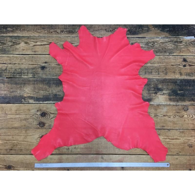 Peau de cuir de veau rouge maroquinerie vêtement Cuir en Stock