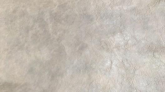 Détail cuir de buffle gris beige nuancé maroquinerie Cuirenstock