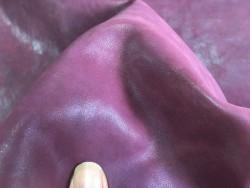 Peau de cuir de buffle végétal naturel bordeaux Cuir en stock