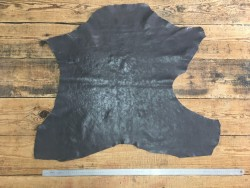Peau de cuir de buffle tannage végétal naturel gris carbone Cuir en stock