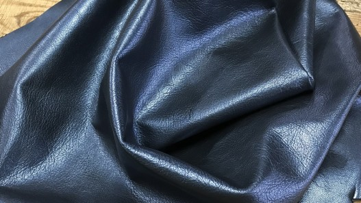 Cuir de chèvre métallisé bleu nuit Cuir en Stock
