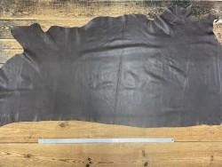 Demi peau de cuir de vache lisse brun antique Cuir en Stock